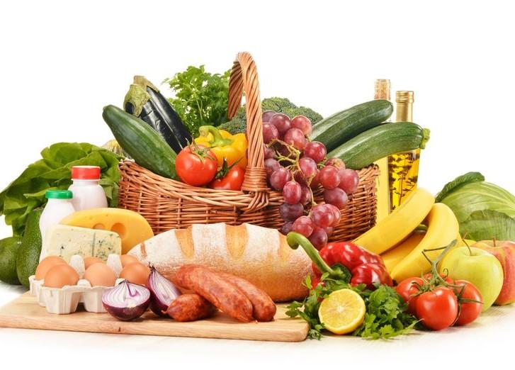 Из 9 базовых продуктов питания кыргызстанцы полностью обеспечены только по  трем позициям – Сариев